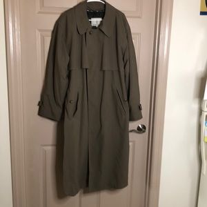 London Fog 40 regular trench coat with lining